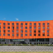 Hete-kolen_whole_building